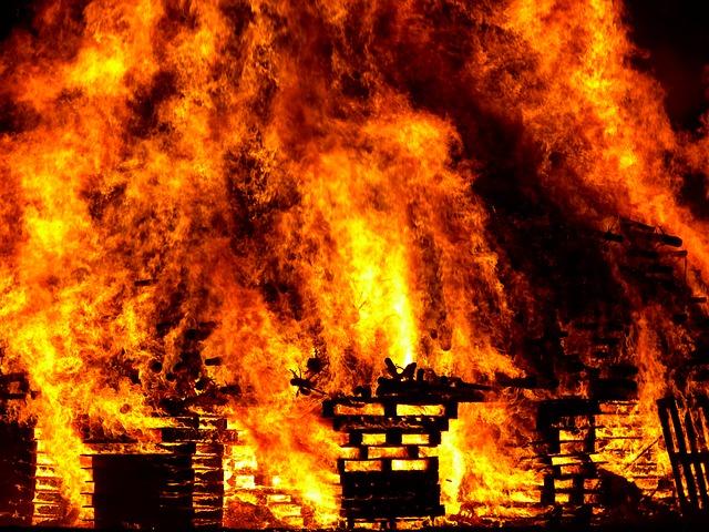 大家さんが火災保険・地震保険に入るべき5つの理由と使い方を解説